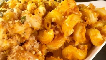 Baked Pumpkin Mac and Cheese with Sage Breadcrumbs MICHAEL SYMON