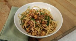 Spaghetti with Crab and Jalapenos MARIO BATALI