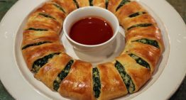 Spinach Dip Wreath CLINTON KELLY