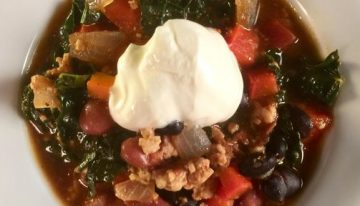 Turkey Chili with Kale CLINTON KELLY